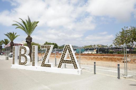 Obras en el aeropuerto de Ibiza.