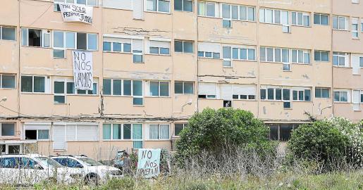 El edificio A de los Apartamentos Don Pepe.