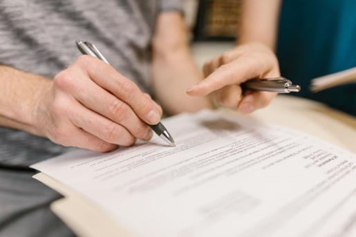 El número de divorcios se reduce por la menor cantidad de matrimonios.