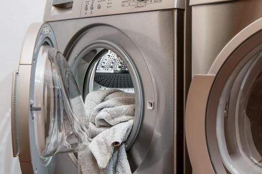Los expertos recalcan que en una factura normal no saldrá tan a cuenta programar los electrodomésticos para que funcionen en las horas nocturnas.