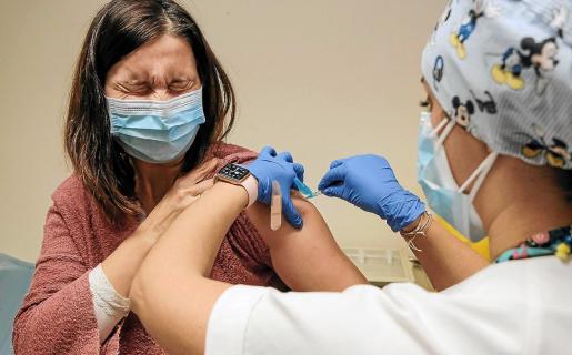 Junio es un mes clave para el avance hacia la inmunidad de grupo, las previsiones son alcanzarla a finales del mes de agosto, a la par que el resto de comunidades.