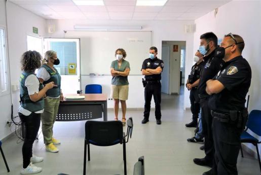 La Policía Local de Sant Antoni recibe el curso de formación en el sistema integral VioGen.