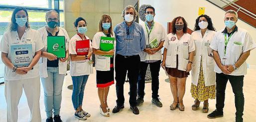 Representantes de los sindicatos sanitarios de Son Espases.