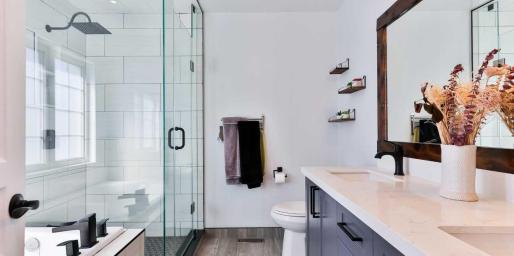Comprar equipamiento de baño online con garantías, los expertos de Asealia nos dan las claves.