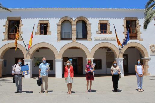 Santa Eulària homenajea a cuatro profesores jubilados este curso.