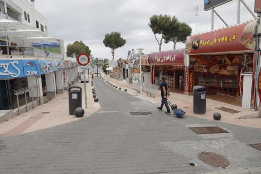 Magaluf espera impaciente el regreso del turismo bitánico.