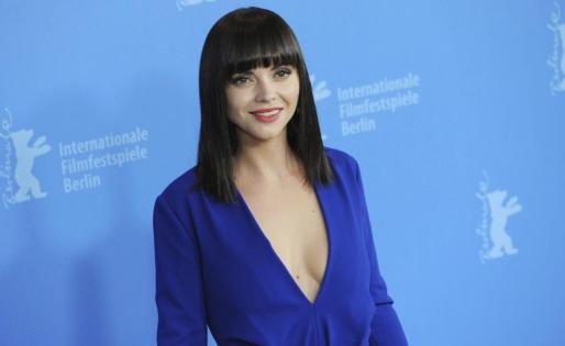 """La actriz estadounidense Christina Ricci, durante la presentación de la película """"Bel Ami"""" en el Festival Internacional de Cine de Berlín, Alemania, el 17 de febrero de 2012."""
