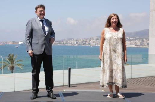 Ximo Puig y Francina Armengol durante la inauguración de la primera Cumbre IllesBalears-Comunitat Valenciana.