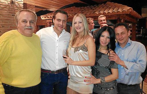 Michel Ditolve, Fabio Ditolve, Rocio Matas, Carmela Zuñiga y Mark Woodman.