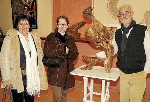 Teresa Sastre, Margalida Barceló Nigorra y Rafael Cifre.
