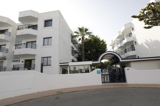 Imagen del actual hotel puente de Ibiza.