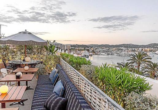 El Restaurante Sabbaba y la terraza-coctelería del Hotel Montesol, punto de encuentro de este verano.