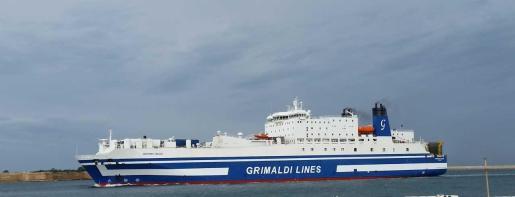 Imagen de archivo de una de las embarcaciones de la naviera del Grupo Grimaldi.