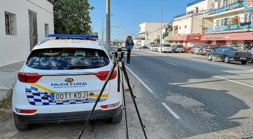 La multa fue impuesta a la conductora con un cinemómetro móvil y se cuestionaba su validez.