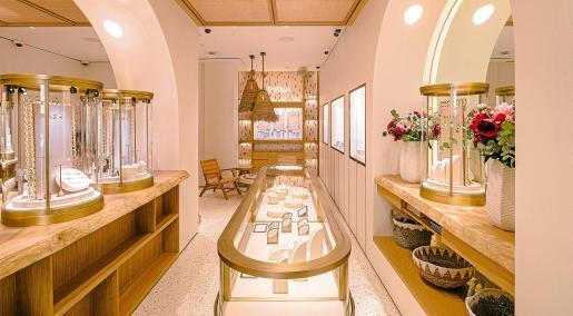Rabat abre en ibiza un espacio diseñado para vivir la magia de la isla.