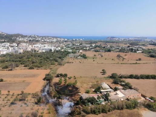 Los efectivos terrestres contaron con el apoyo desde el aire de un helicóptero y una avioneta del Ibanat.