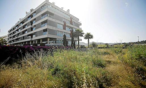 El terreno que ha ofrecido el Consell al Govern para construir VPO en la calle de s'Hort.