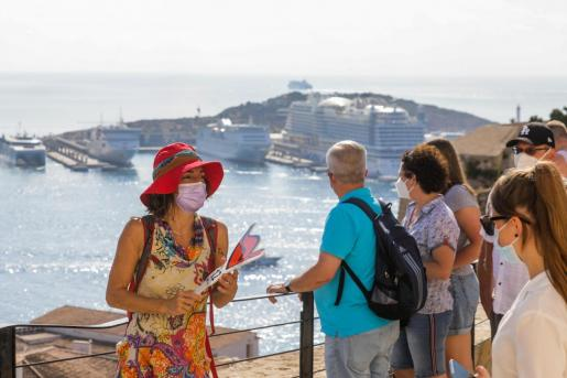Turistas este verano en Ibiza.