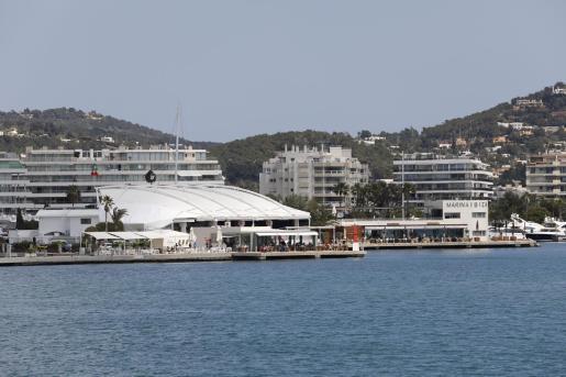 El puerto deportivo Marina Ibiza.