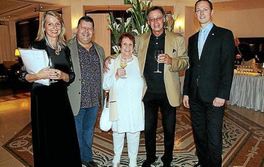 Regina Knapp, Pep Guerrero, Gertraud y Horst Behrend y Mike Fuchs.