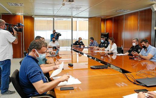 Reunión esta semana entre ayuntamientos, consell y fuerzas de seguridad.