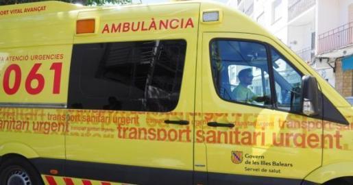 Una ambulancia del 061