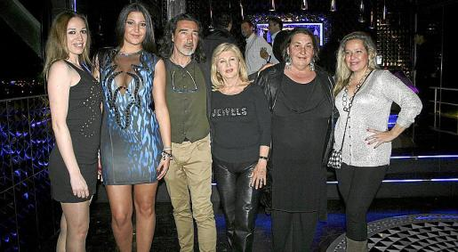 Silvia Llull, Marga Bonnín, Miguel Medrano, Araceli Vidal, Ana Rodríguez y Begoña Sánchez-Flor.