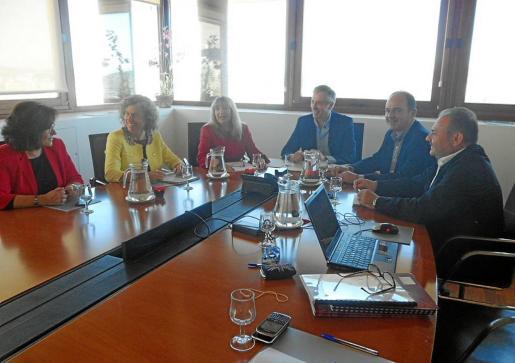 El Consell d'Alcaldes se celebró en Vila. El próximo tendrá lugar en el Consell.