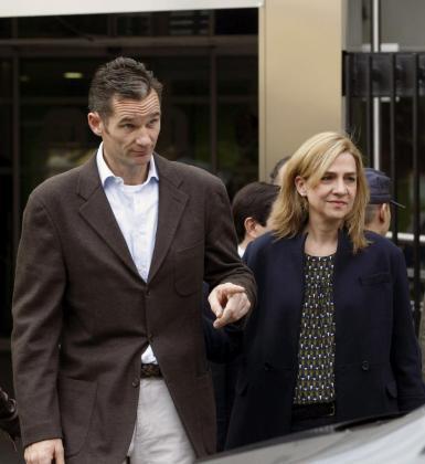 Fotografía de archivo de la infanta Cristina y su esposo, Iñaki Urdangarín, tomada el 25 del Noviembre de 2012.