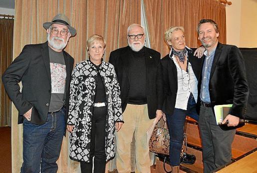 Gabriel Mestre Oliver, Apol·lònia Rotger, Antoni Vicens Massot, Maria Adrover y Valentín Mendoza.
