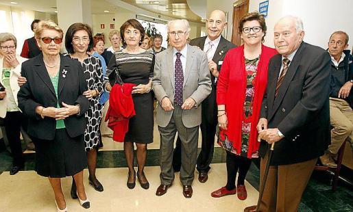 Matilde Mulet, Margalida Ferrando, Victoria Mayol, Miquel Mulet, Bernardo Galmés, Catalina Cirer y Sebastià Vives.