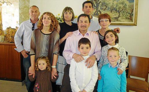 Miquel Tugores, Eugenia Vila, Mieria Oliver, Margalida Oliver, Rafel Oliver, Pep Oliver, Pep Oliver, María Cortés, Inès Tugores y Rafel Tugores.