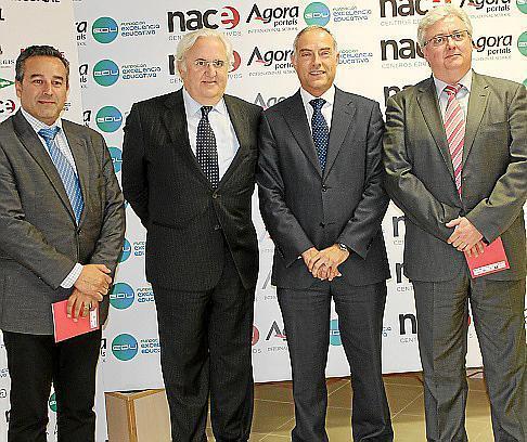 De izquierda a derecha, Joan Arbós, Jaime Caso, Rafae Barea y Antonio Jurado.