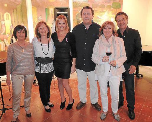 Isabel Oliver, Marta Macías, Victoria Maldi, Ramón Servalls, Lourdes Picó y Xisco Barceló.