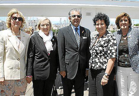 Lourdes Vaesken de Samaniego, Sari Keinanen, Daniel Samaniego, Silvia Bregar y Laura Mallia.