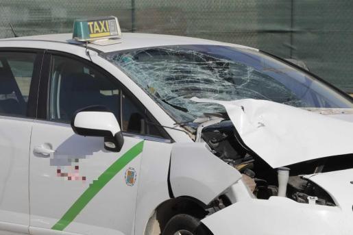 Taxi involucrado en el atropello mortal.