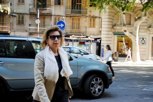 Maria Antònia Munar, llegando esta mañana a la Audiencia Provincial.