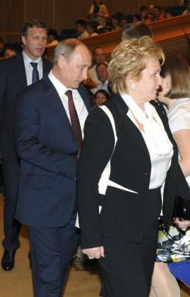 El presidente ruso, Vladimir Putin, y su mujer Lyudmila en una aparición reciente.