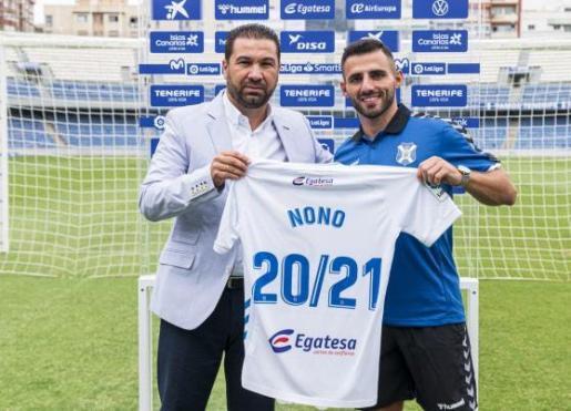 Nono, durante su presentación como jugador del Tenerife el año pasado.