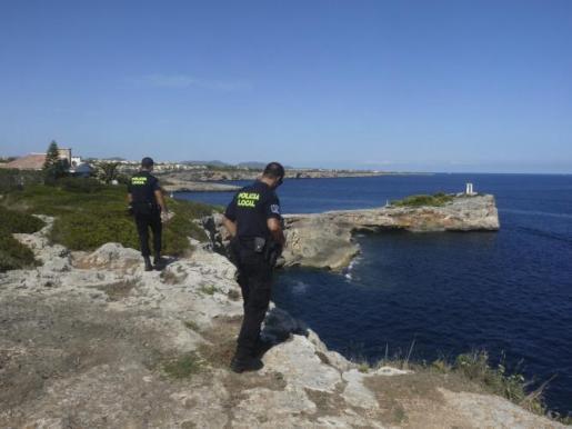 La Unidad Territorial de Costas (UTC) de la Policía Local de Porto Cristo, patrullando la zona.