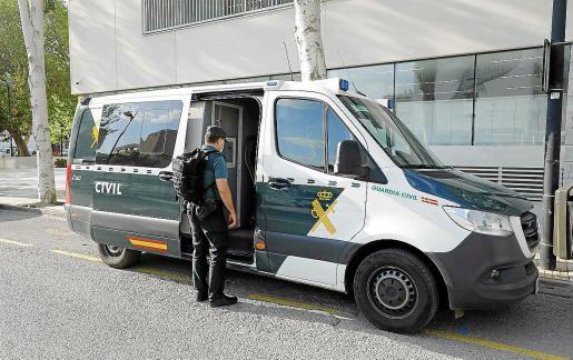 El acusado fue detenido por la Guardia Civil y la vista se celebrará finalmente en Ibiza.