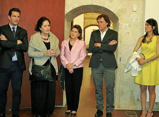 Fernando Gilet, Pilar Ribal, Elvira Cámara, Bartolomé Isern y Rachel Alcántara.
