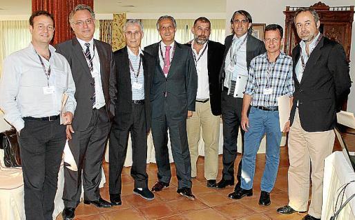 Gabriel Estela, Pep Lluís Vidal, Miquel Barceló, Raúl González, Miquel Ramis, Gabriel Coll, Bartolomé Mercadal y Lluís Nigorra.