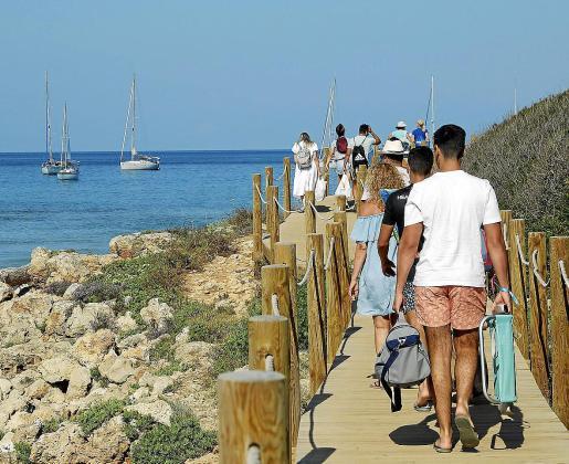 El turismo nacional no solo ha recalado en Mallorca, sino que ha visitado todas las Islas y Menorca –en la imagen– ha visto como este verano ha sido uno de sus principales mercados en detrimento de los británicos.