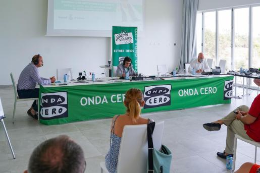 El programa 'Gente viajera' de Onda Cero, en Ibiza.
