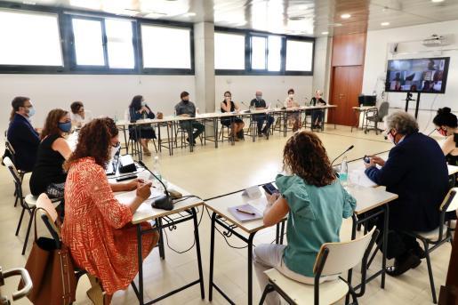 Representantes de diversas instituciones presentaron este lunes el plan de conciliación.