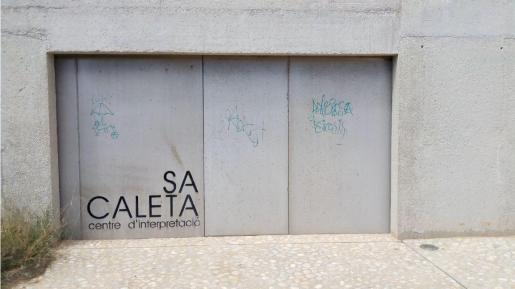Imagen de archivo de actos vandálicos en el centro de sa Caleta.