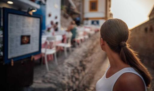 Los sitios más románticos en Ibiza para disfrutar en pareja.