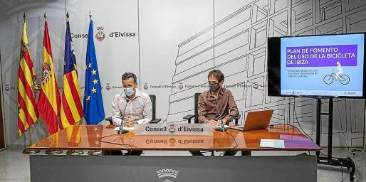 Roberto Algaba y Ander Irazusta, ayer, en rueda de prensa.