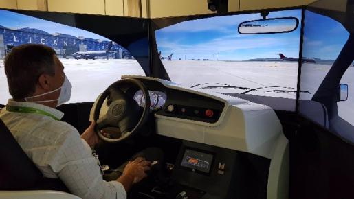 Un simulador de conducción de aeronaves.